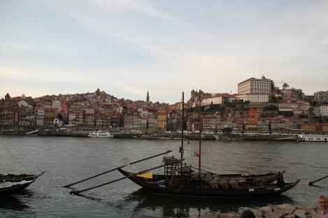 Un barco en el Duero