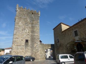 Torre de los Valdés de Salas